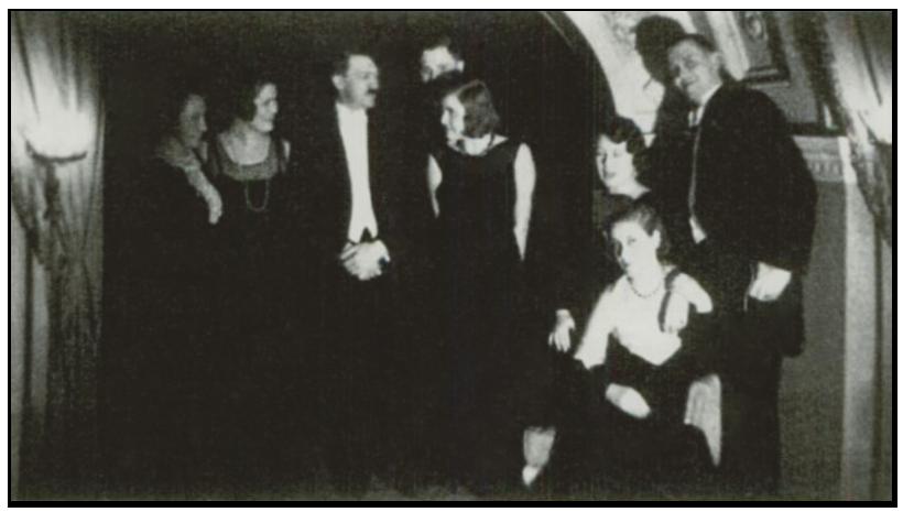 adolf-e-eva-1932