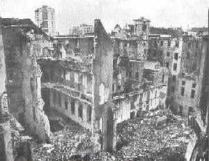 Risultati immagini per bombardamento genova 22 ottobre 1942